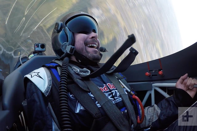 what its like to pull 5g in a red bull air race plane experience 12