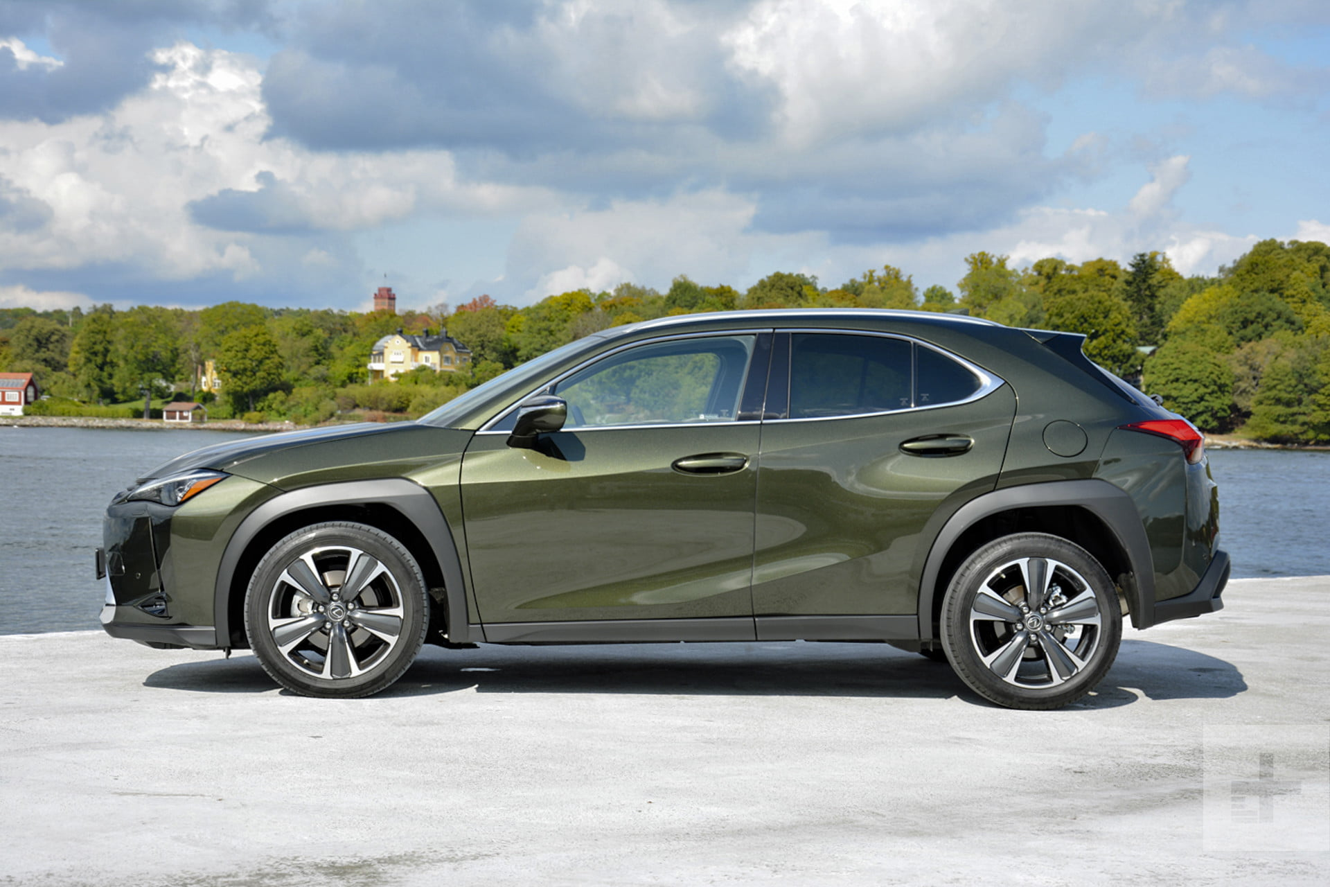 2019 lexus ux first drive review  driving impressions