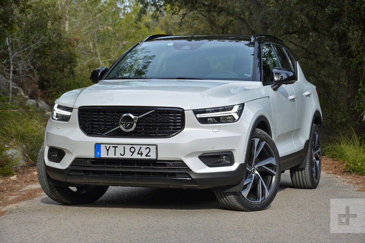 2019 Volvo XC40 first drive review front angle