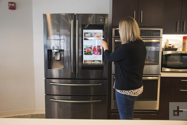 Samsung Family Hub Review >> Samsung Family Hub Refrigerator Review Brains With A Cool Factor