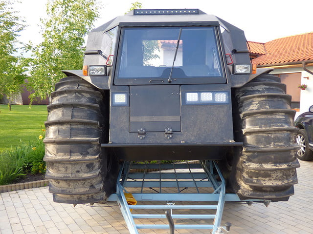 russian sherp atv self inflating tires 0002