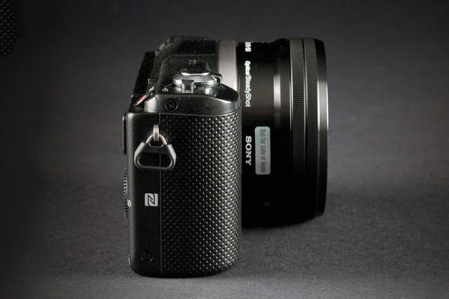 Sony Alpha A5000 left side closed