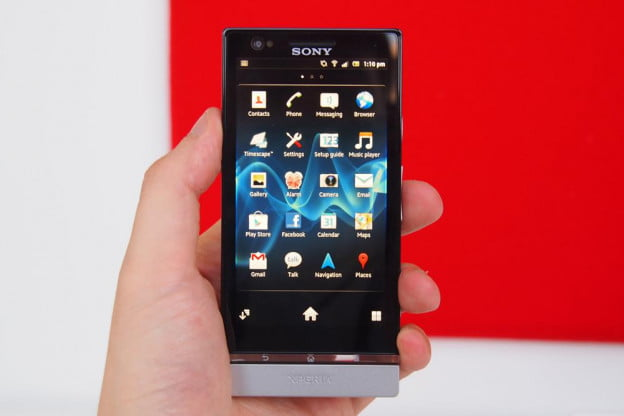 Sony Xperia P review front home screen android 4.0 smartphone